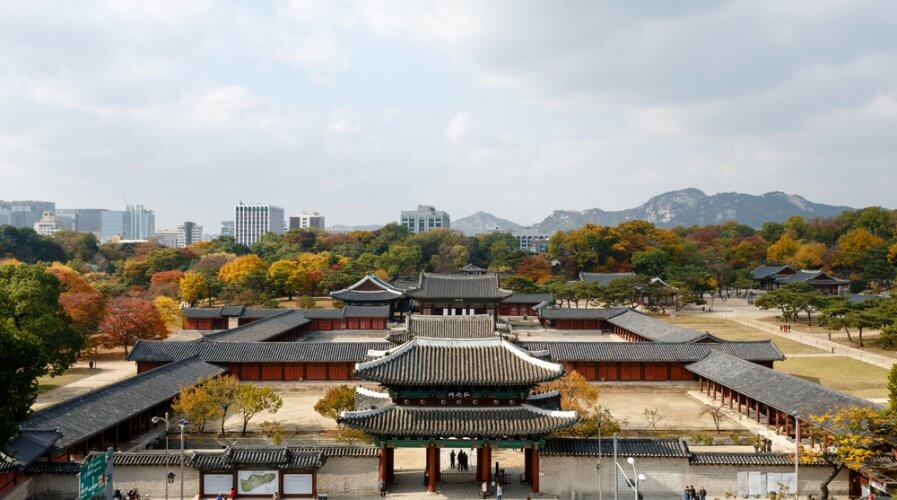 What you need to know about Changgyeonggung Palace - Asia Travel Log