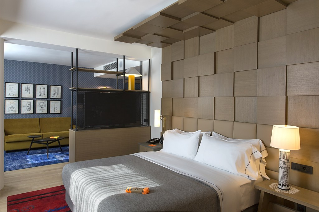 Canopy by Hilton Zagreb - King Guest Room