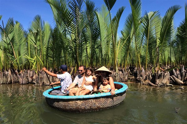 Indochina Holiday Packages for Family With Kids (2)
