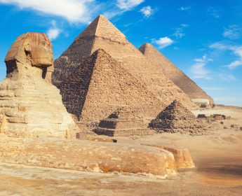 Great Pyramid & Sphinx of Giza Tour