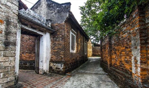 duong lam village ancient vietnam