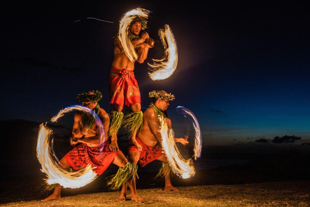 Hawaii fire juggling