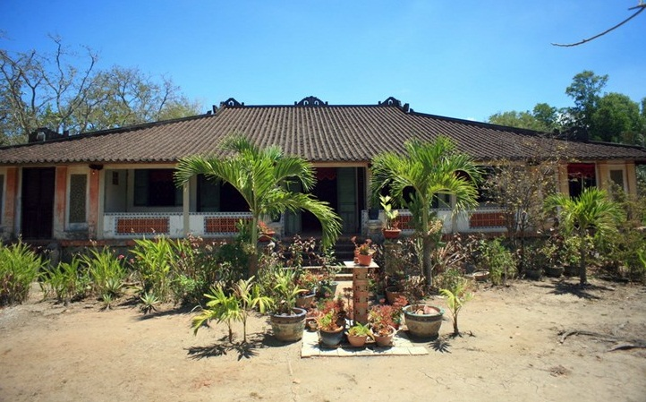 hundredpillarhouse ancient vietnam