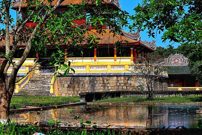 hue citadel ancient vietnam