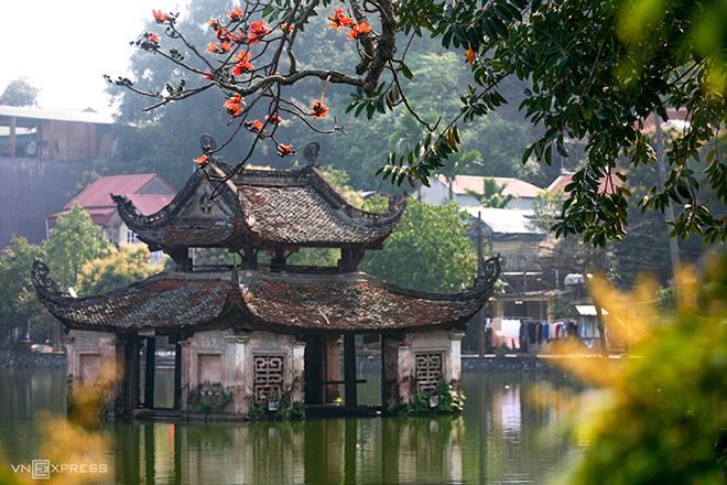 thay pagoda  hanoi day trip