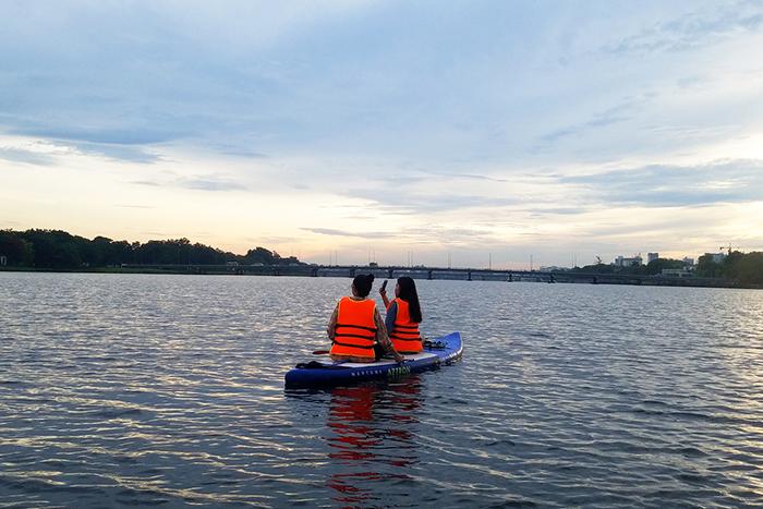 kayaking in vietnam huong river hue